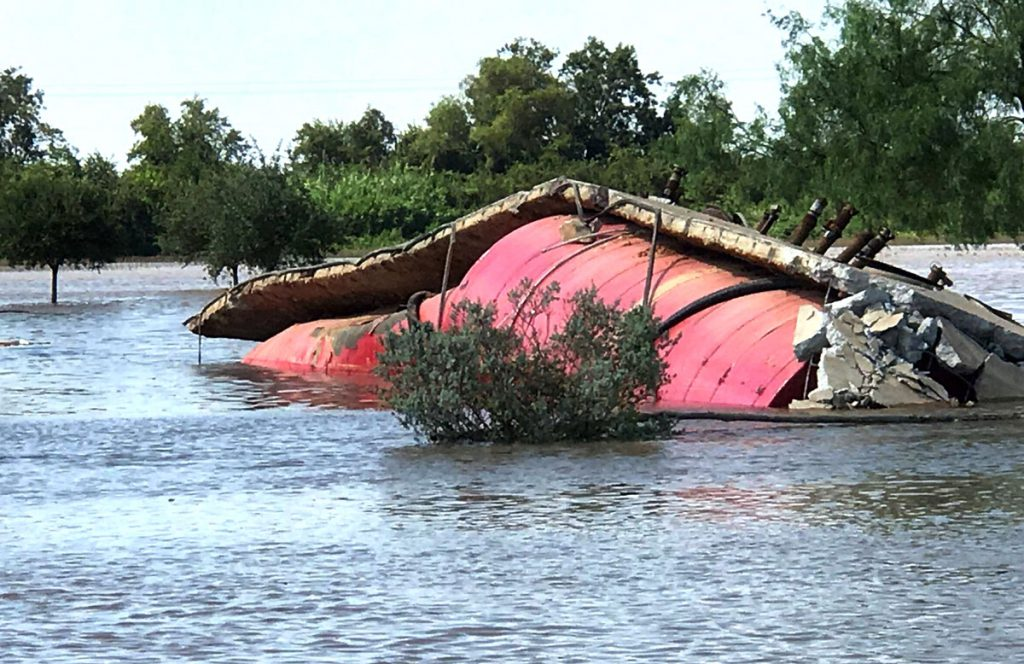 impact of floods in low lying areas environmental sciences essay Environmental issues in pakistan include deforestation, air pollution,  while sindh and punjab constantly suffer from floods because they are low-lying areas .
